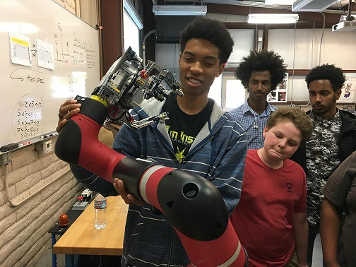 Special Field Trip For Robotics Club Students Orme